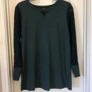 Lucky gently used thermal crochet sleeve top